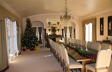 Chandor dining room decorated for holidays